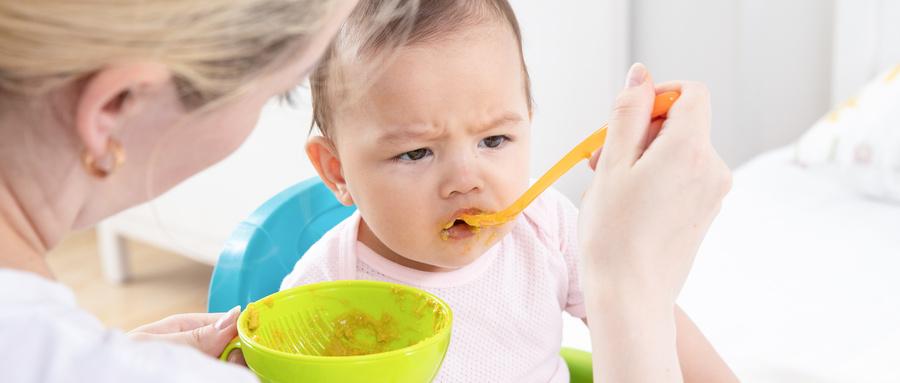 宝宝营养不良的症状有哪些