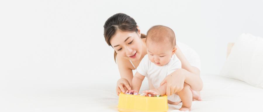 如何帮助宝宝提高智力?不妨试试这几招!