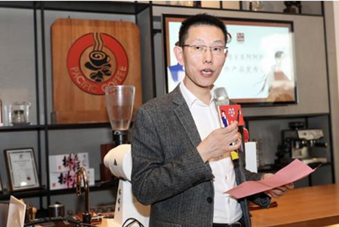东阿阿胶副总裁李新华:咖啡如此多胶
