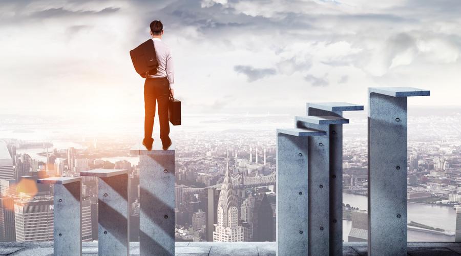 传统企业挤破头也要做直销,不转型就只能被淘汰